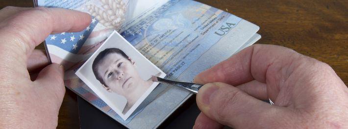身分証の偽造