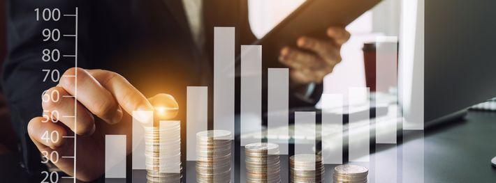 ペイアウト率から利益を計算